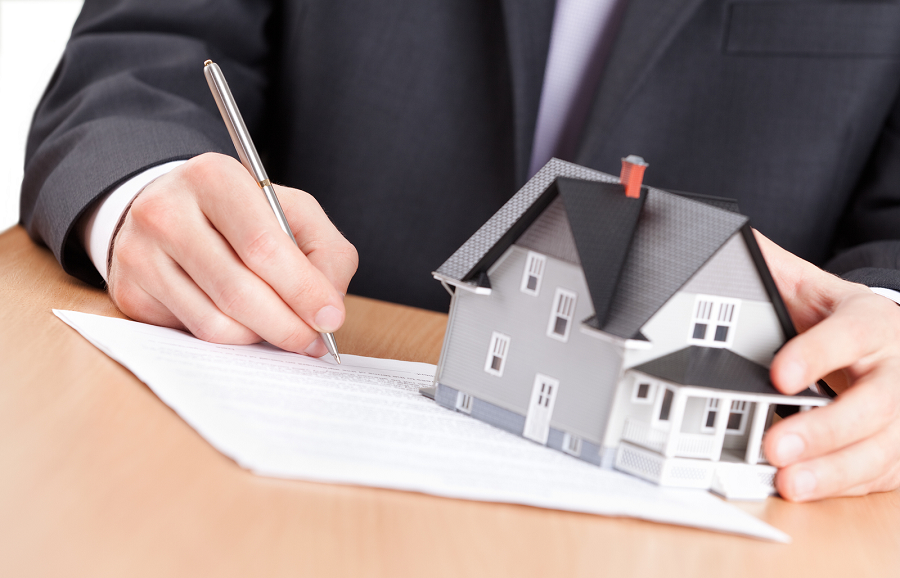 Best Choice to Handle Your Property – Property Manager or Rental Manager