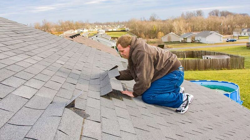 Safety measures taken by professional roofing contractors